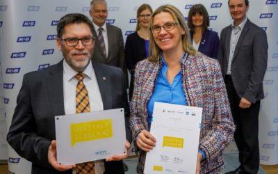 """Dr.-Georg-August-Zinn-Schule Gudensberg als """"Digitale Schule"""" ausgezeichnet"""